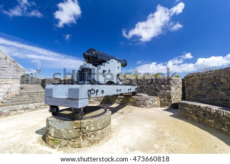 Traversing Carriage Cannon, Castle Cornet, St Peter Port, Guernsey