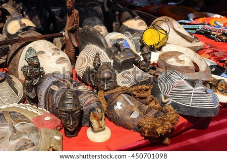 tribal crafts center africa wooden statues