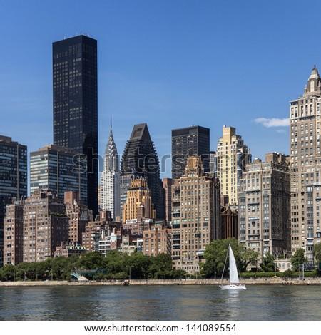Trump - Chrysler - UN Plaza - Midtown Manhattan seen from Roosevelt Island - stock photo