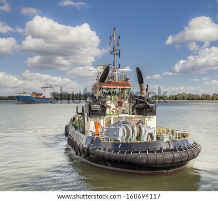 tug waiting for a new ship