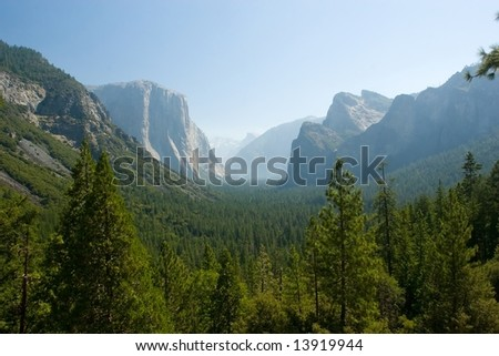 Tunnel View, within Yosemite National Park, is a viewpoint on State Route 41 located directly east of the Wawona Tunnel as one enters Yosemite Valley from the South - stock photo