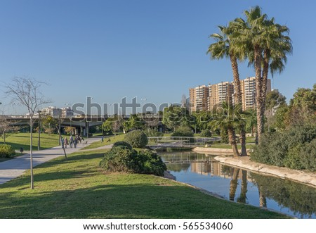 Turia stock images royalty free images vectors for Jardin del turia