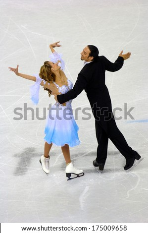 TURIN, ITALY-FEBRUARY 18, 2006: Tanith Belbin and Benjamin Agosto competing during the Couple Ice Figure Skating during the Winter Olympic Games of Turin 2006.