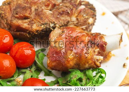 turkey meat with vegetables roasted
