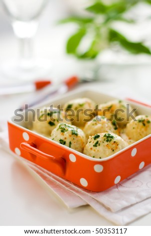 Turkey meatballs in sauce with fresh herb