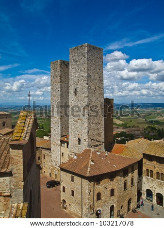 Twin towers in a medieval city. San Gimignano, Tuscany, Italy.