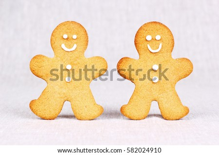 Two happy Gingerbread Men in a Row