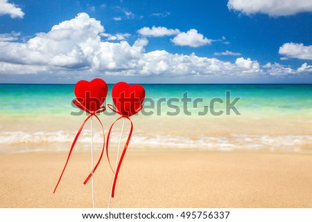 Two hearts on the beach