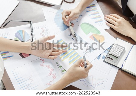 two women discussing business plan