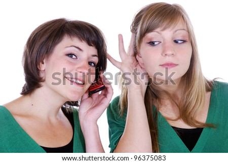 two young women with cellphone
