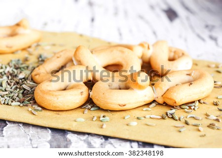 typical italian taralli with fennel