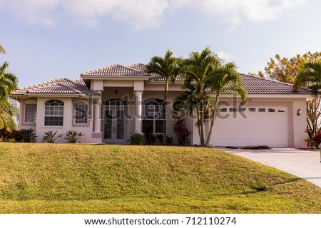 Florida house stock images royalty free images vectors for Concrete homes florida