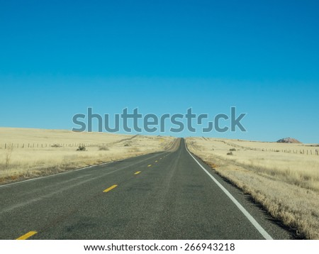 U.S. Route 60 is an east�¢??west United States highway, running 2,670 mi (4,300 km) from the Atlantic Ocean on the east coast in Virginia to western Arizona. - stock photo