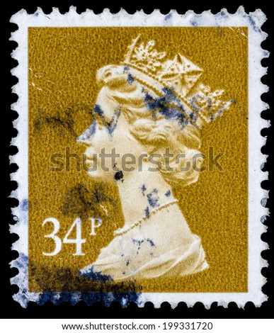 UNITED KINGDOM - CIRCA 1971 to 1996: An English Used Postage Stamp showing Portrait of Queen Elizabeth II, circa 1971 - 1996 - stock photo