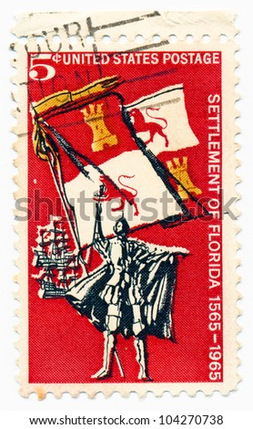 UNITED STATES - CIRCA 1965: A stamp printed in the United States, shows Spanish Explorer, Royal Flag of Spain and Ships, circa 1965