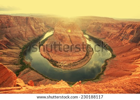 Unusual landscapes -Horse Shoe Bend in USA