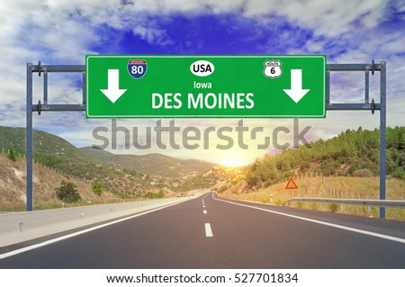 US city Des Moines road sign on highway
