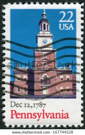 USA - CIRCA 1987: Postage stamp printed in the USA, dedicated to the 200th anniversary of the ratification of the Constitution of the United States, Pennsylvania, shows Independence Hall, circa 1987