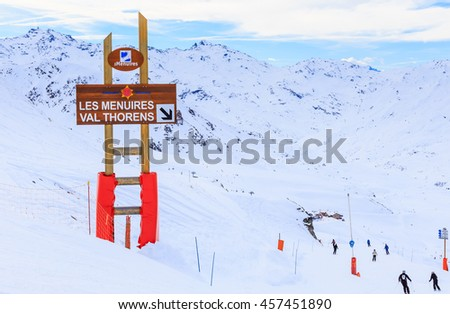 VAL THORENS, FRANCE - JANUARY 28, 2016: Pointers to the track in the ski resort Val Thorens. France