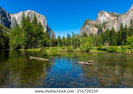 Valley View in Yosemite National Park during Spring.