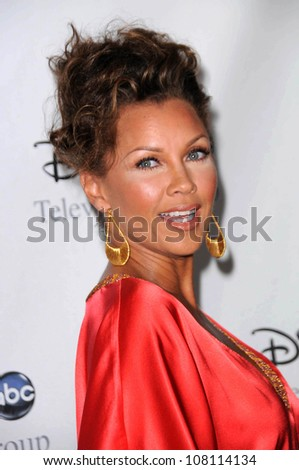 """Vanessa Williams  at Disney and ABC's """"TCA All Star Party"""". Beverly Hilton Hotel, Beverly Hills, CA. 07-17-08 - stock photo"""