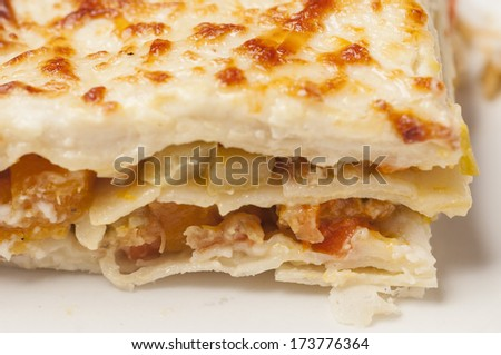 Vegetable lasagna with grated cheese