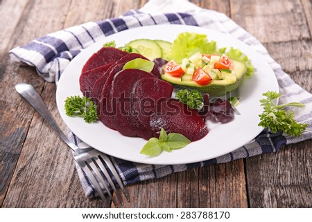 vegetable salad with beet and avocado