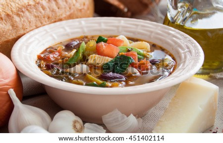 Vegetable soup with bread and olive oil