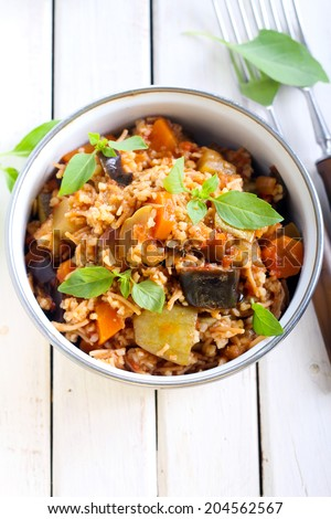 Vegetable stew and pasta couscous