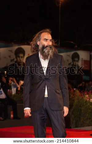 VENICE, ITALY - AUGUST 31: Composer Warren Ellis attends the 'Loin Des Hommes' premiere during the 71st Venice Film Festival on August 31, 2014 in Venice, Italy.