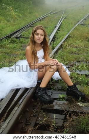 Beautiful Teen With Long Legs 101