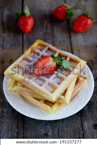 Viennese waffles with strawberries