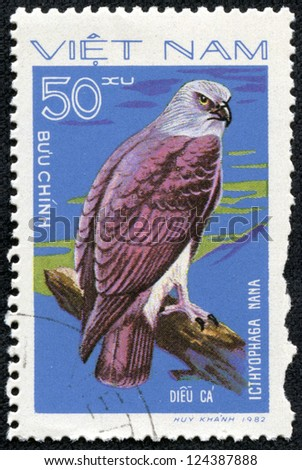 """VIETNAM - CIRCA 1982: A Stamp shows image of a Eagle with the inscription """"Icthyophaga nana"""" from the series """"Birds of prey"""", circa 1982 - stock photo"""