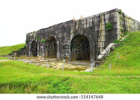 Vietnam Thanh Hoa The citadel of Ho dynasty South gate World heritage