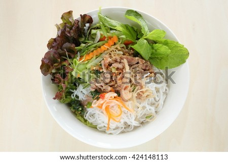 Vietnamese food, Rice noodle and grilled pork