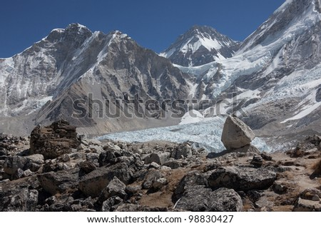 View of Mt. Everest and Khumbu glacier - Nepal