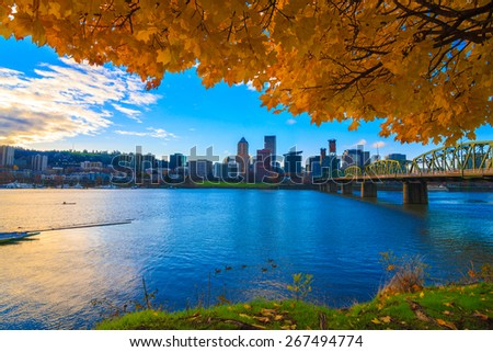 View of Portland, Oregon overlooking the willamette river on a Fall Afternoon - stock photo