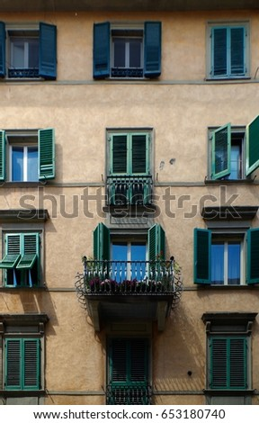 View of residential building exterior in Pisa, Italy.