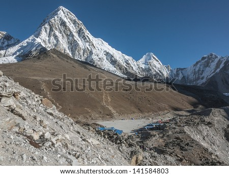 View of the Pumo Ri (7161 m) and Gorak Shep village - Everest region, Nepal