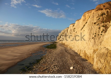 View on the cliff and the beach at the cap Blanc-nez, in the north of France near Boulogne-Sur-Mer.