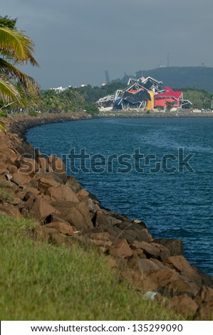 Viewing area on the Amador Causeway, and the Biodiversity museum building, the Pacific entrance to the Panama Canal, Panama city, Panama, Central America - stock photo