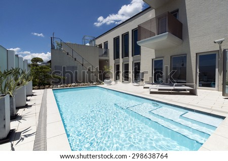Villa with swimming pool-7 - stock photo