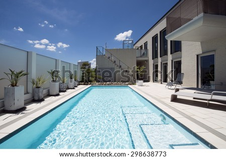 Villa with swimming pool-6