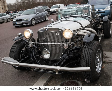 VINCENNES, FRANCE - JANUARY 6: Unidentified driver in a Mercedes Benz 720 SSK (1929) takes part in antique cars exhibition on January 6, 2013 in Vincennes, France.