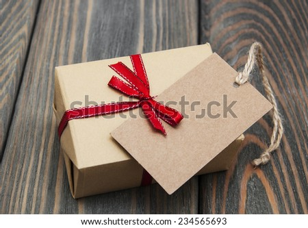 vintage gift box package with blank tag on old wooden background & Vintage Gift Box Stock Images Royalty-Free Images u0026 Vectors ... Aboutintivar.Com