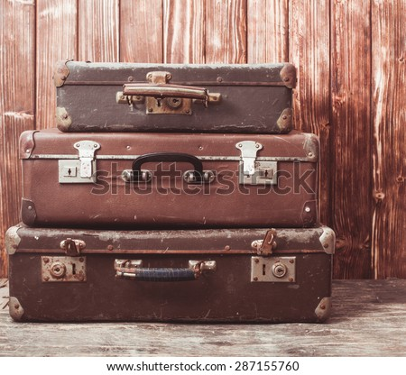 Vintage Pile Ancient Suitcases Form Tower Stock Photo 414742612 ...