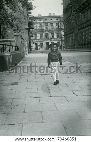 Vintage unretouched photo of young girl - stock photo
