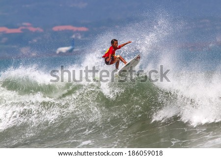 Volcom Qualifying Series junior surf competition. Kuta. Bali. Indonesia. 28 April 2013.