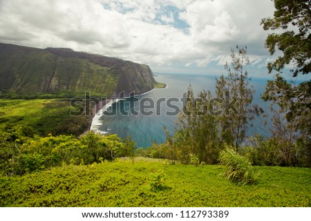 Waipio Valley (Hamakua Coast) with beautiful cloudscape - Big Island, Hawaii