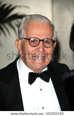 Walter Mirisch at the 2009 Governors Awards presented by the Academy of Motion Picture Arts and Sciences, Grand Ballroom at Hollywood and Highland Center, Hollywood, CA. 11-14-09
